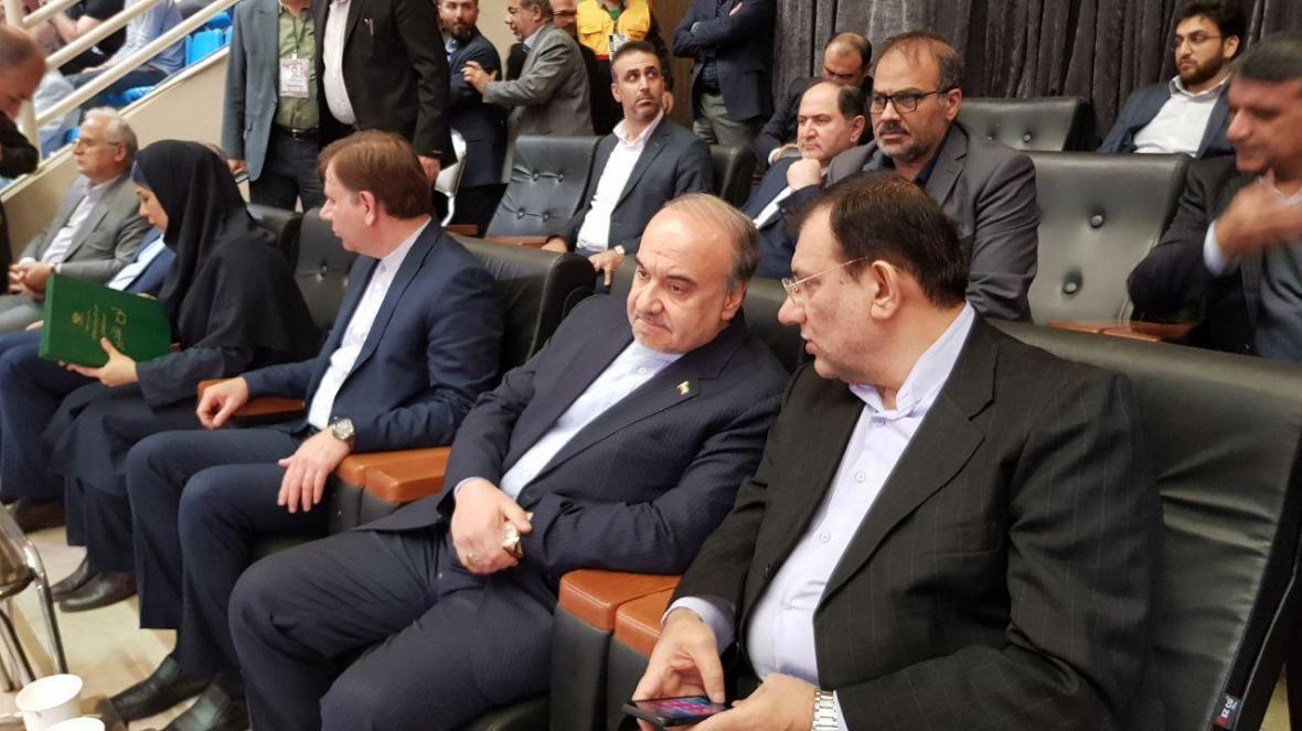 سلطانی فر: قبل از انقلاب فقط ورزشگاه آزادی را داشتیم