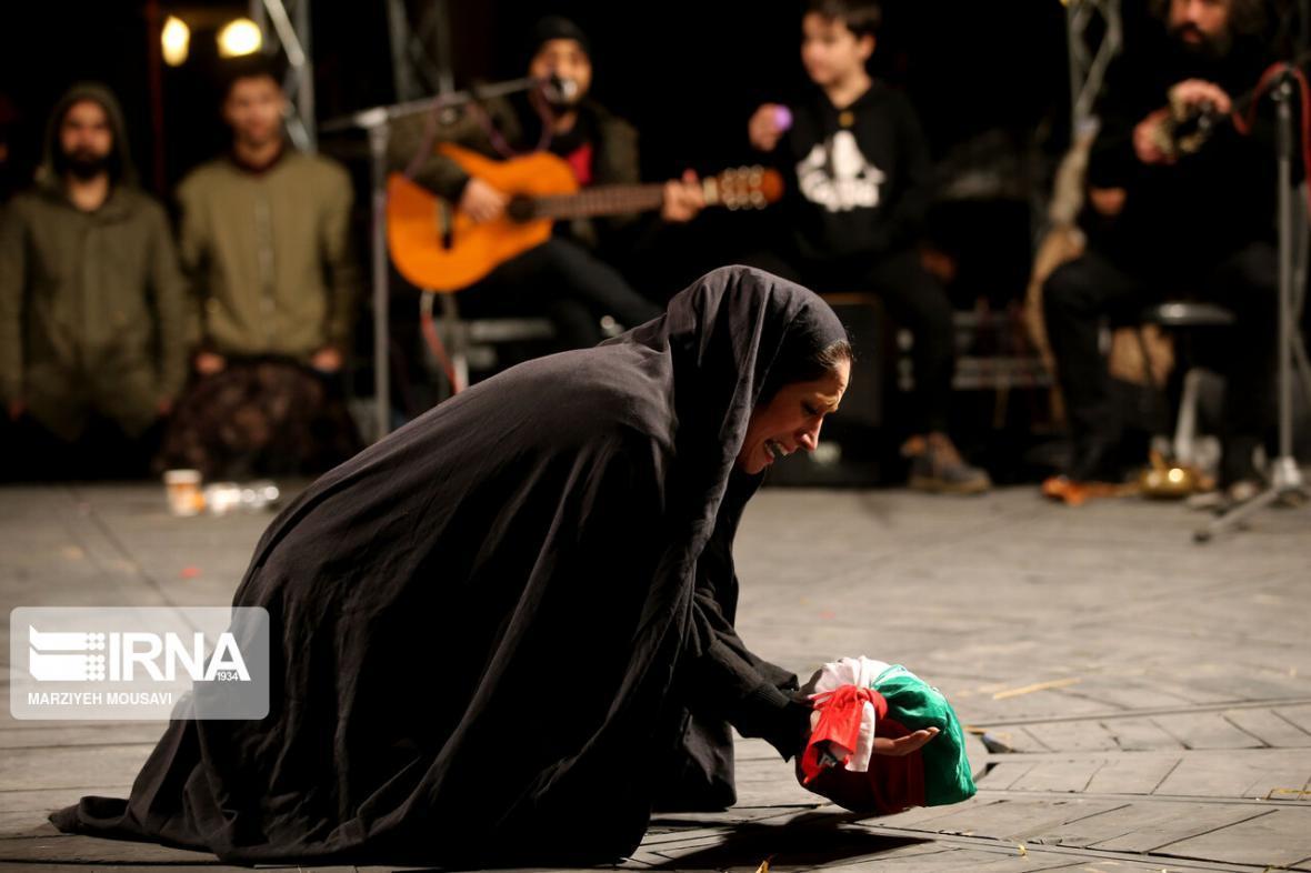 خبرنگاران جشنواره ملی تئاتر شرهانی به سال آینده موکول شد