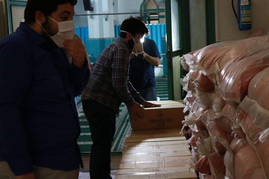 خیریه حضرت زهرا(س) دانشگاه شریف برای بسته بندی ارزاق فراخوان جذب خادم اعلام نمود