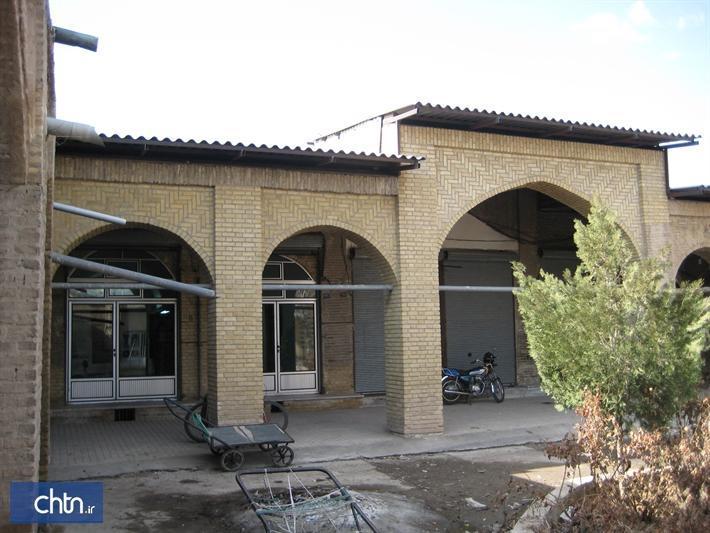 عملیات بازسازی سرای بهجت بازار تاریخی زنجان شروع شد