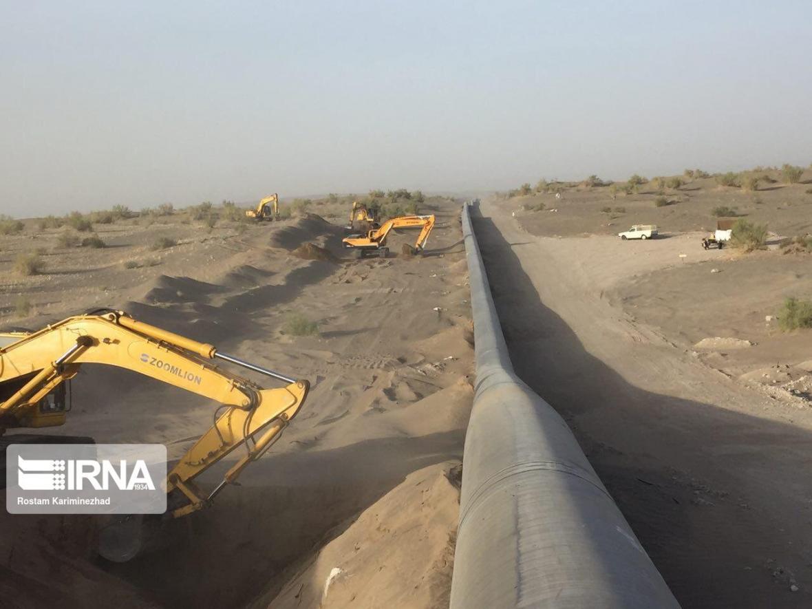 خبرنگاران گازرسانی به سواحل مکران؛ گام مهم دولت در توسعه صنایع و جهش تولید