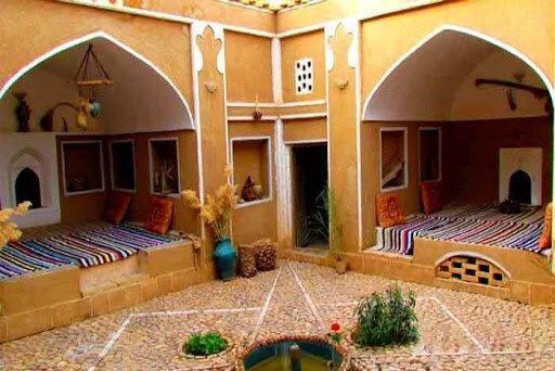 پنج اقامتگاه بوم گردی و سفره خانه سنتی در استان سمنان به بهره برداری می رسد