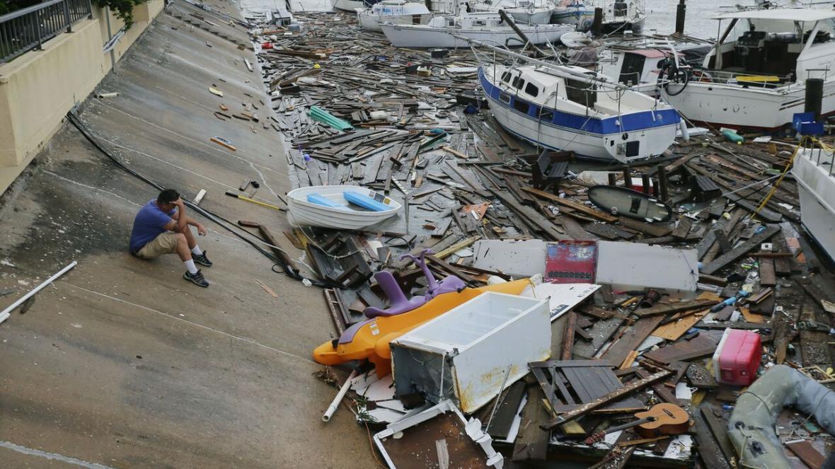 توفان هانا و میلیون ها دلار خسارت