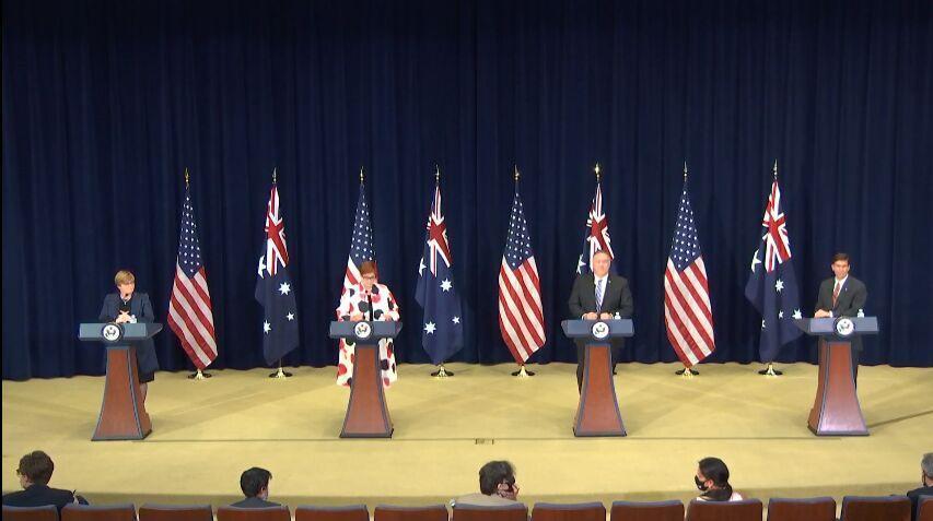 خبرنگاران اختلاف نظر وزیران خارجه آمریکا و استرالیا درباره چین
