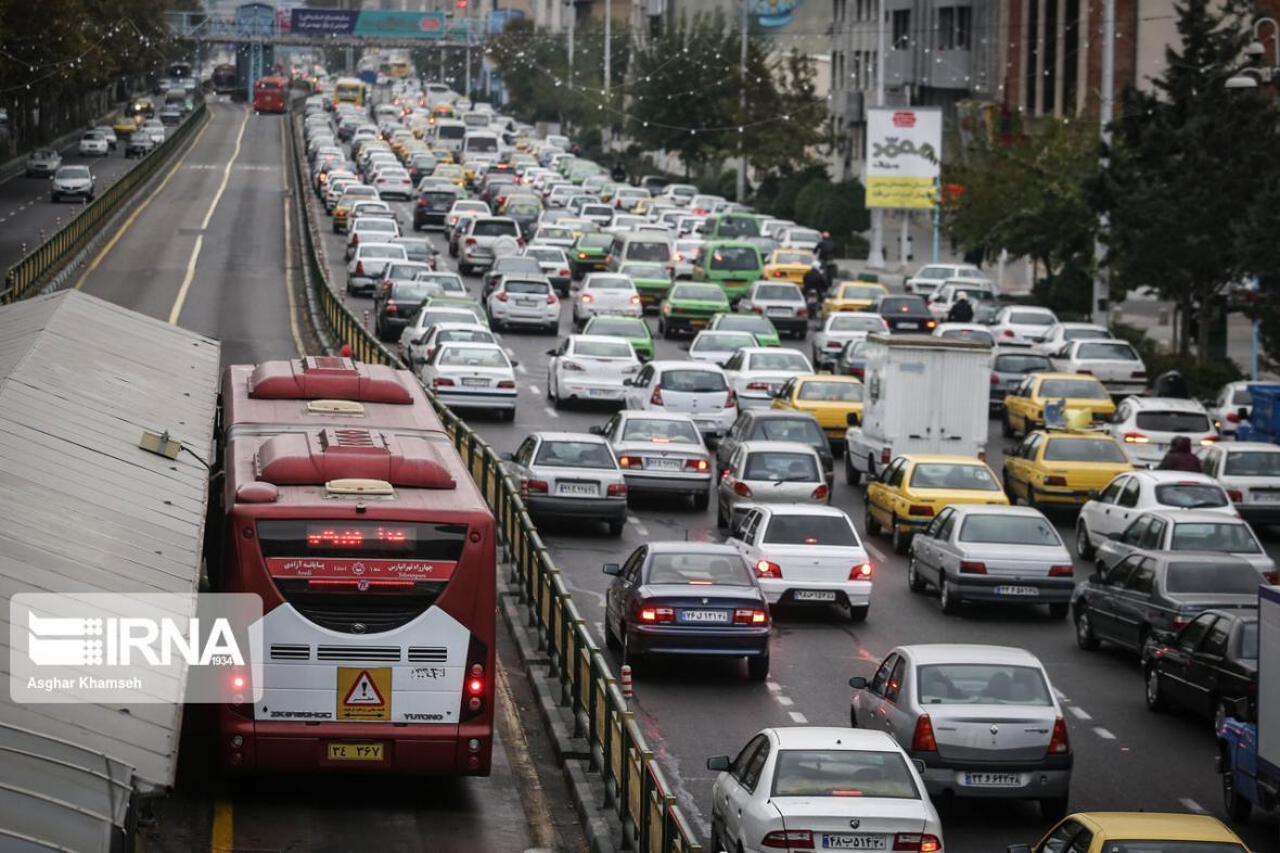 خبرنگاران شهرداری تهران: لغو طرح ترافیک تاثیری بر حمل و نقل عمومی ندارد