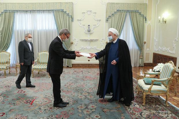 روحانی: مواضع دانمارک در حمایت از برجام سازنده بوده است