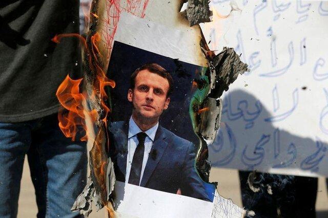 فرانسه به اتباعش در کشورهای مسلمان هشدار داد، از اجتماعات دوری کنید