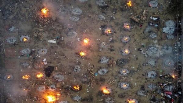 تصاویر غم انگیز از هند، کرونای هندی آتش به جان مردم زده است