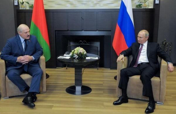 آمریکا، بلاروس را تحریم می نماید، لوکاشنکو با کیفی پر از سند و مدرک به ملاقات پوتین رفت