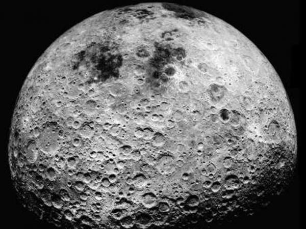 اسپیس ایکس، مامور ناسا برای ساخت ماه نورد پیشرفته انتخاب شد