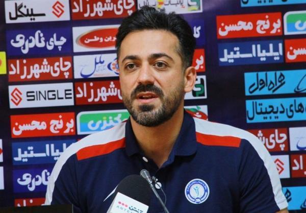 الهویی: ملاقات پرسپولیس و گل گهر، ویترین فوتبال ایران است، باد به بازیکن حریف می خورد، علیه ما پنالتی می گیرند